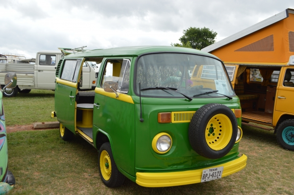 green machine (#1201) - 1977 JD green and yellow Bus - Bay Window