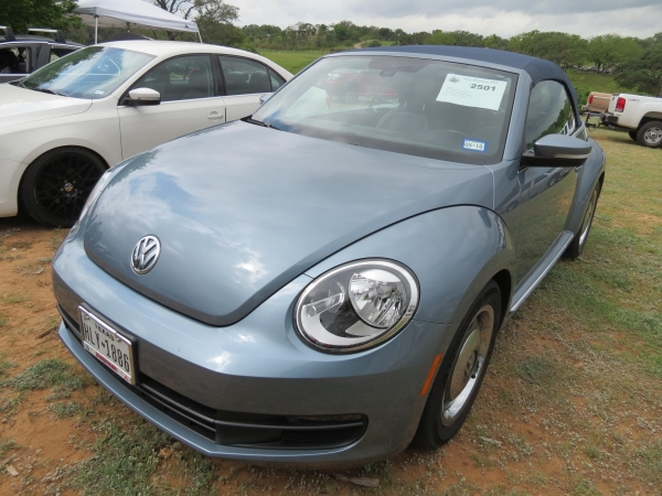 Denim  (#2501) - 2016 Stonewashed Blue New Beetle Convertible